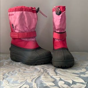 Girls pink Columbia snow boots